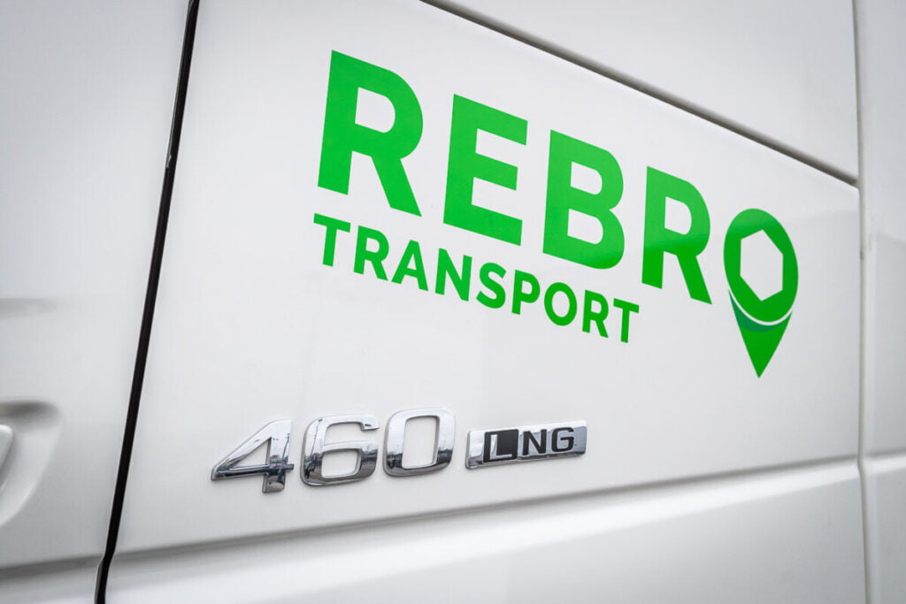 LNG transport Rebro
